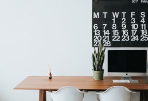 Pracovní stůl do velkého prostoru